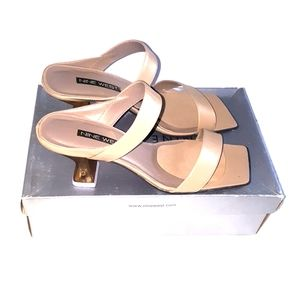 Nine West Gold Age shoes size 9